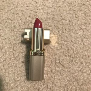 Other - L'OREAL Lipstick